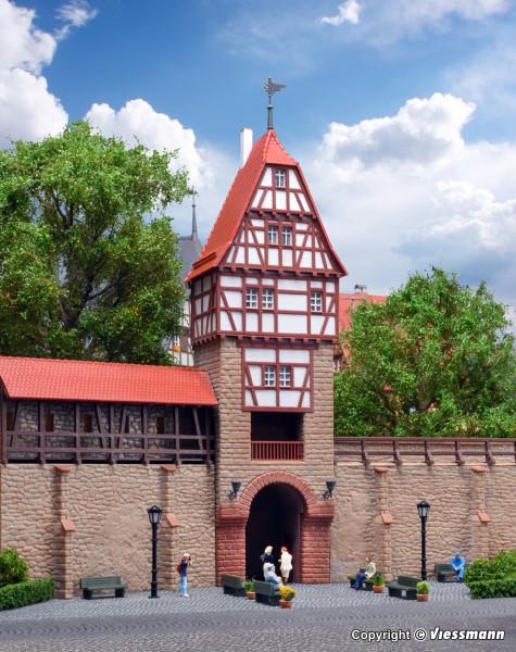 H0 Stadtmauer mit Fachwerkturm in Weil