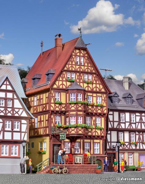 H0 Haus mit Erker in Miltenberg