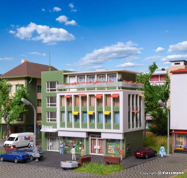 N Bank- und Geschäftshaus