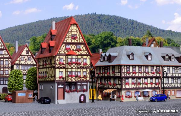 N Hohes Haus und Eckhaus