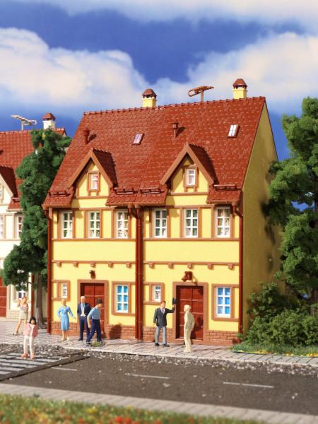 H0 Reihen-Doppelhaus, gelb