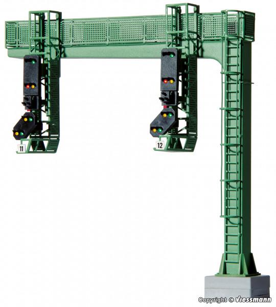 H0 Signalbrücke mit 2 Einfahrsignalen und