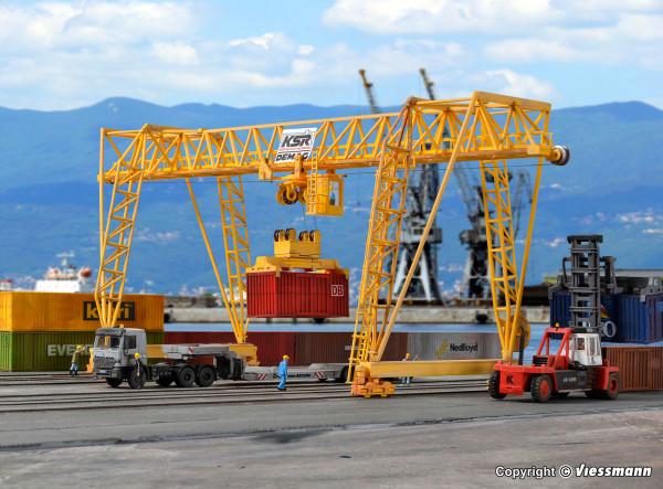 H0 DEMAG Containerkran
