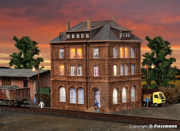 H0 Bahnbetriebsgebäude inkl. Hausbeleuchtungs-