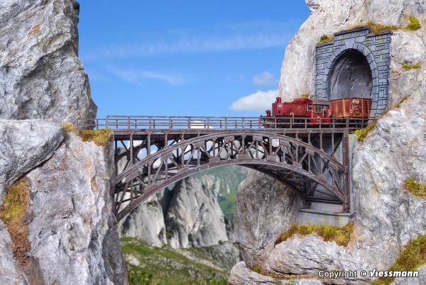 H0 Stahlbogenbrücke Schlossbach, gerade