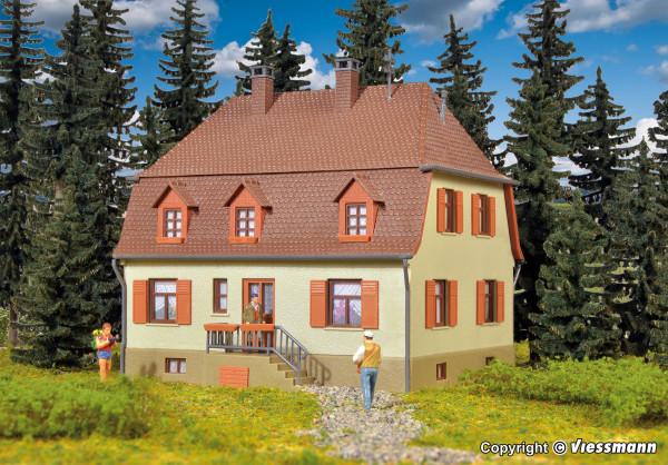 H0 Wohnhaus mit Walmdach