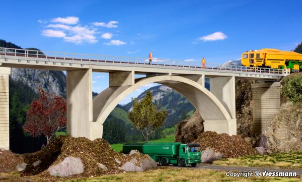H0 Spannbeton-Bogenbrücke, eingleisig