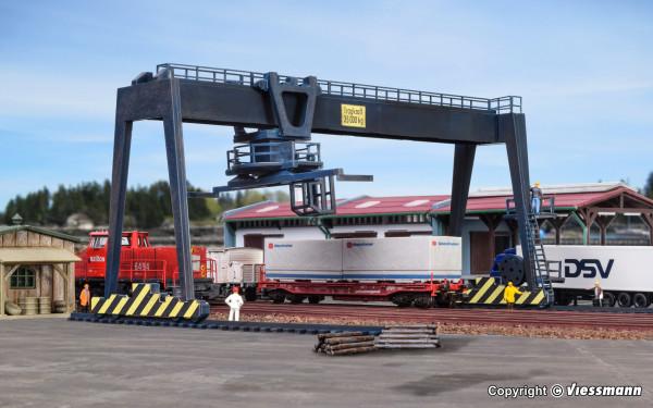 N Containerkran