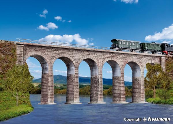 N/Z Ravenna-Viadukt mit Eisbrecherfundamenten,