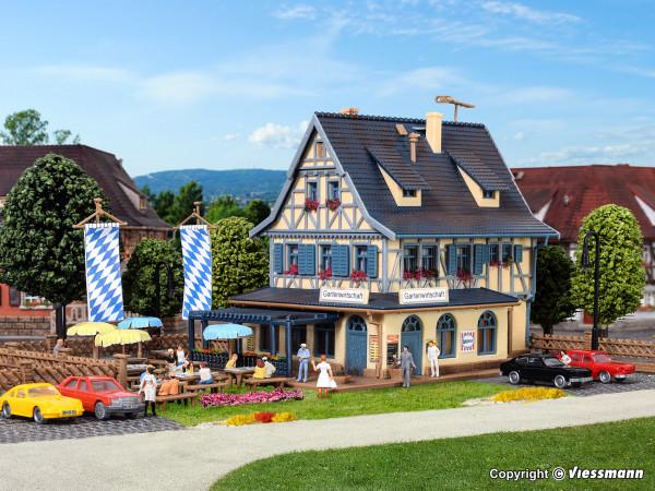 N Gasthof mit Biergarten
