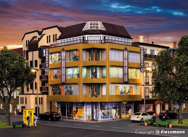 H0 City-Eckhaus mit Dachatelier