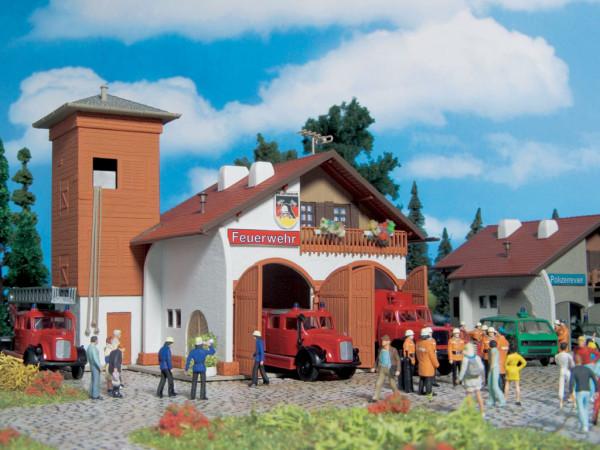 H0 Feuerwehrhaus 112, zweiständig