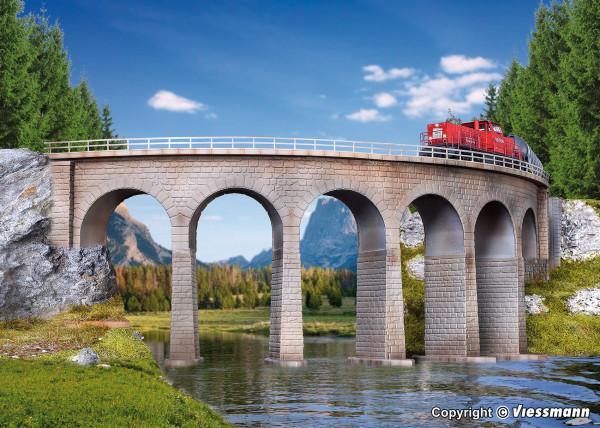 N/Z Semmering-Viadukt mit Eisbrecherfundamenten,