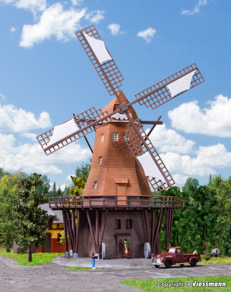 N Windmühle in Lemkenhafen