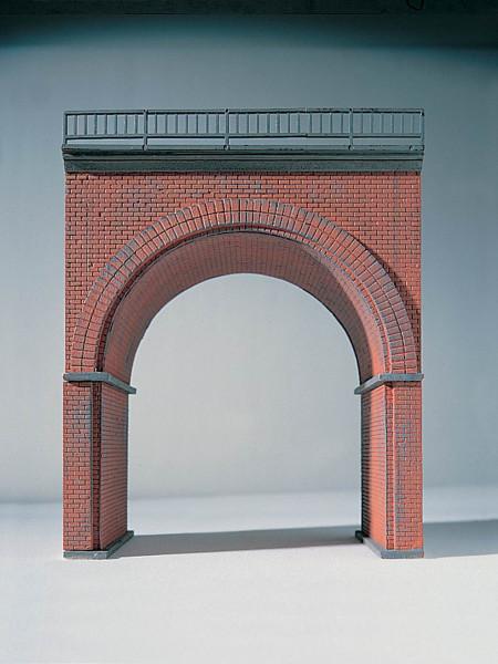 N Erweiterungselement für Backstein-Viadukt