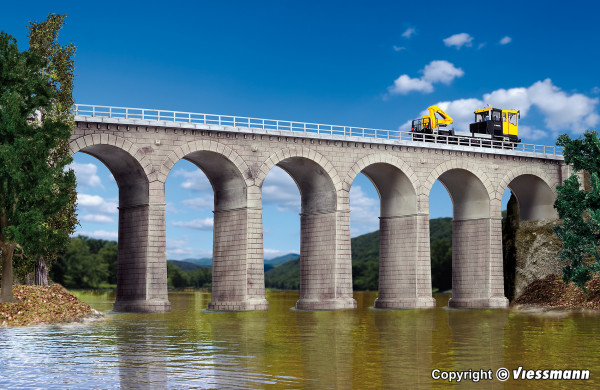 H0 Aachtal-Viadukt mit Eisbrecherpfeilern,
