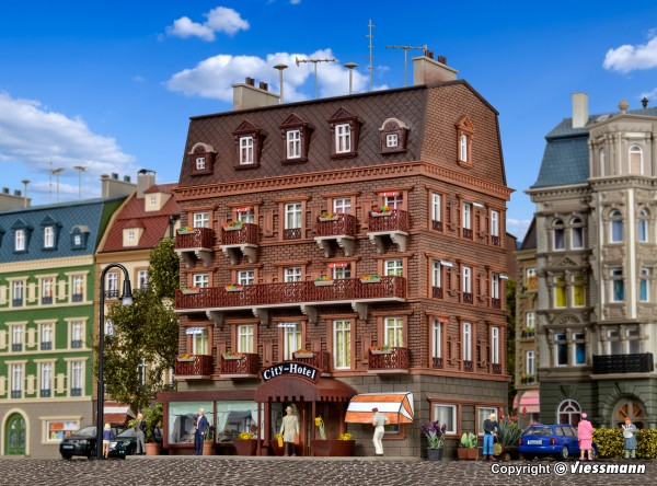 H0 City-Hotel mit LED-Beleuchtung,
