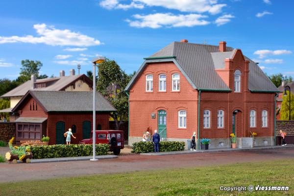 H0 Siedlungshaus Oberhausen mit Nebengebäude