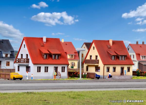 Z Siedlungshaus aus den 30er Jahren, 2 Stück