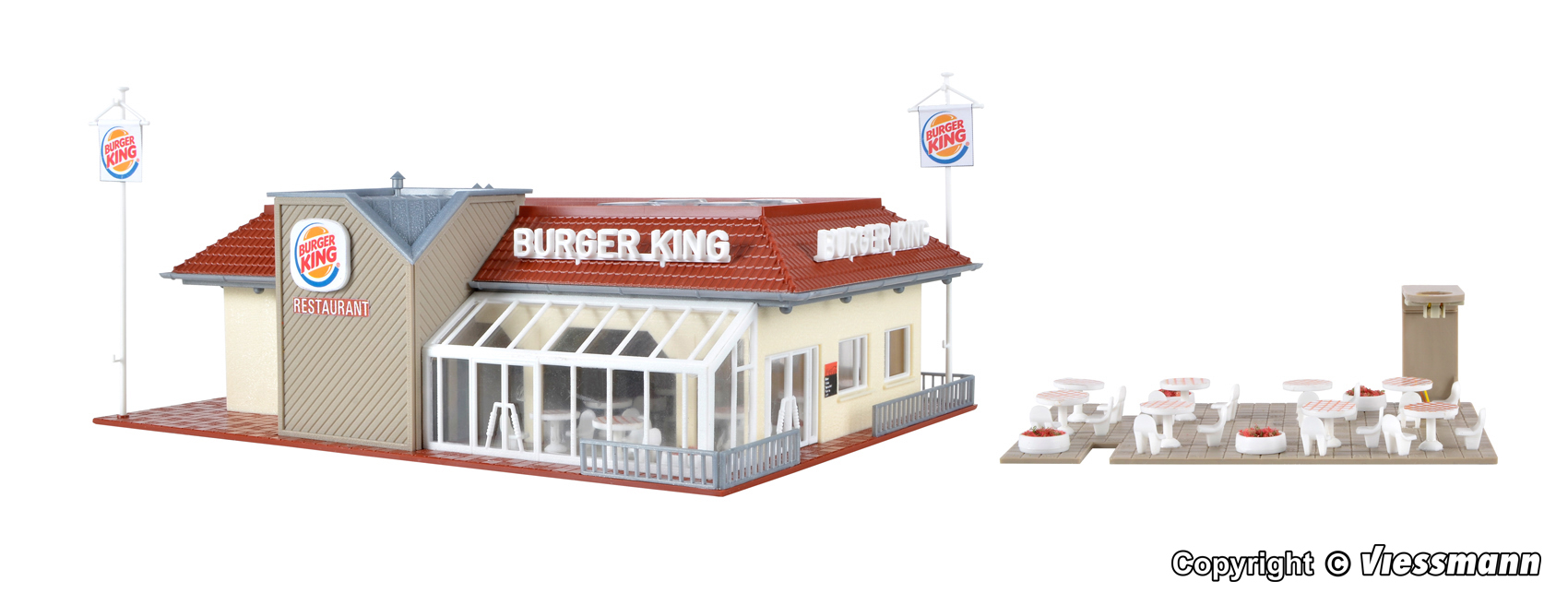43632 H0 Burger King fast food restaurant with interior and LED lighting,  functional kit