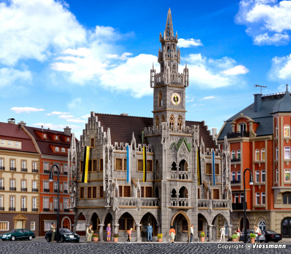 N Großstadt-Rathaus