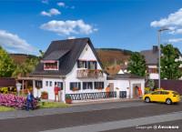 H0 Wohnhaus mit Garage