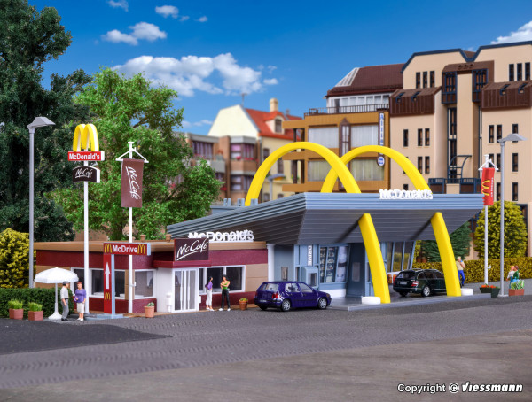 H0 McDonald´s Schnellrestaurant mit McCafé