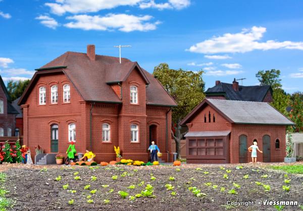 H0 Siedlungshaus in Bottrop mit Nebengebäude