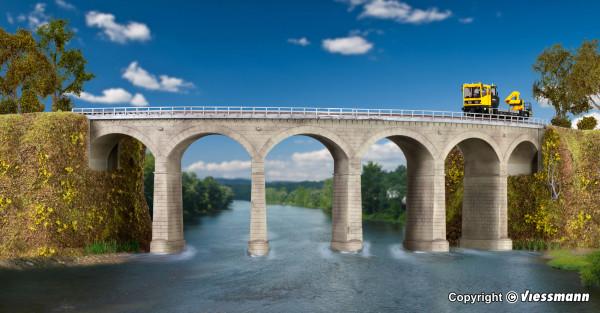H0 Rosanna-Viadukt mit Eisbrecherpfeilern gebogen,