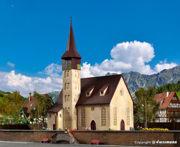 H0 Dorfkirche, Start und Spar-Serie